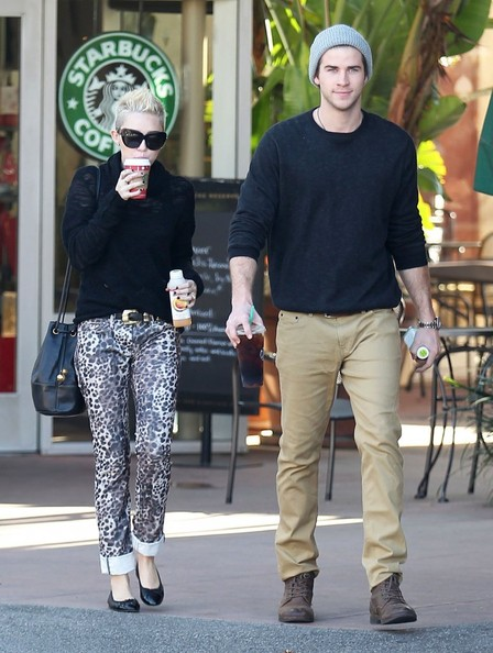 Miley Cyrus & Liam Stop For Coffee