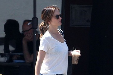 Minka Kelly Minka Kelly Out For Lunch In West Hollywood