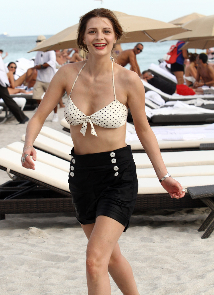 Have Mischa barton hot bikini good piece