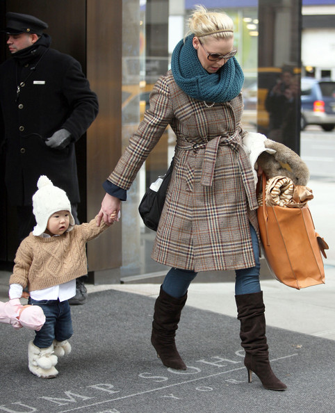 http://www2.pictures.zimbio.com/fp/Naleigh+Kelley+Katherine+Heigl+Daughter+Naleigh+z5w35fFR370l.jpg