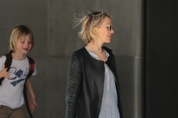 Naomi Watts Samuel Schreiber Naomi Watts Heads Out With Her Son in NYC
