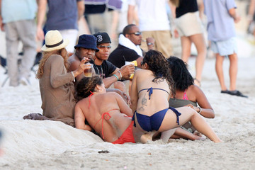 Bobby Brown Alicia Etheridge Bobby Brown and Alicia Etheredge Relax In Hawaii