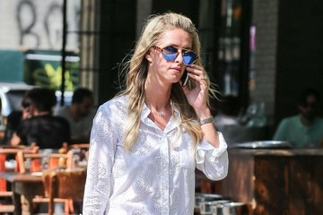 Nicky Hilton Nicky Hilton Chatting on Her Cell Phone in NYC
