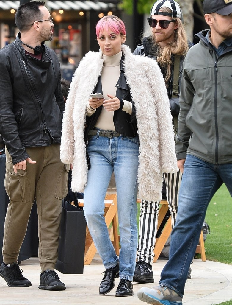 Vote Which Celebrity Had The Best Weekend Street Style Celebrity
