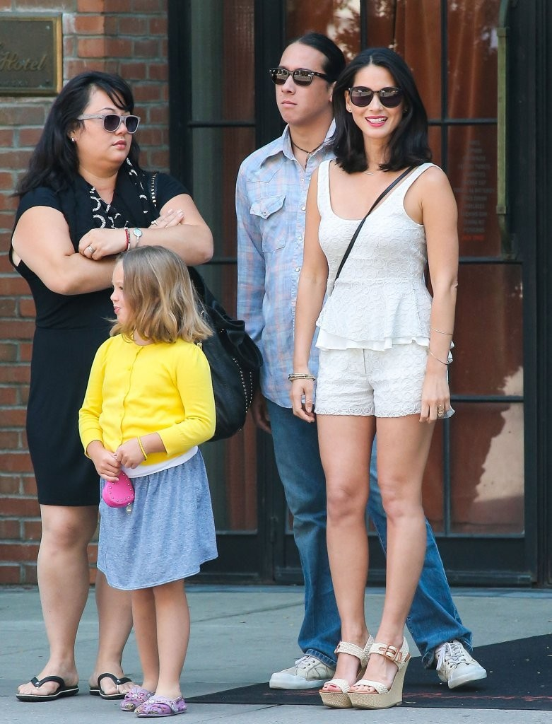 Olivia Munn Spotted with Her Family 10 of 12 - Zimbio
