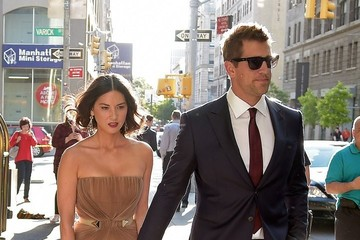 Olivia Munn Olivia Munn and Arron Rodgers Hold Hands