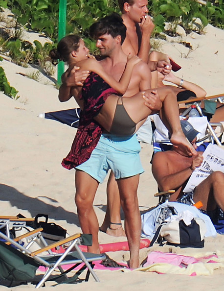 93513a1c5 Olivia Palermo And Johannes Huebl Spending A Romantic Day At The Beach In St.  Barts