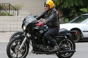 Olivier Martinez Out for a Crusie