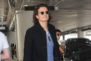 Orlando Bloom Touches Down at LAX