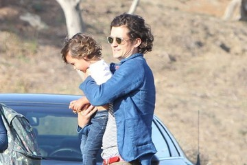 Orlando Bloom Orlando Bloom & Son Flynn At A Friends House In Malibu