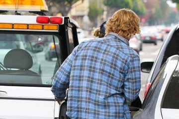 Owen Wilson Owen Wilson Tries to Avoid a Parking Ticket