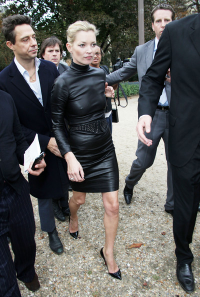 Current Fashion Trends 2009 on Kate Moss Pictures   Paris Fashion Week 2009   Celebrity Sightings