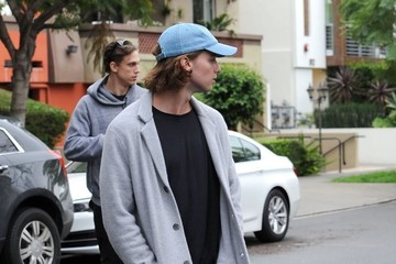 Patrick Schwarzenegger Patrick Schwarzenegger and Maria Shriver Go House Hunting in Hollywood