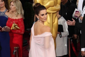 Penelope Cruz Arrivals at the 86th Annual Academy Awards — Part 2