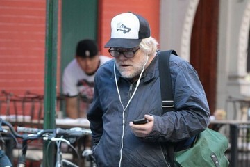 Philip Seymour Hoffman Philip Seymour Hoffman Steps Out in NYC
