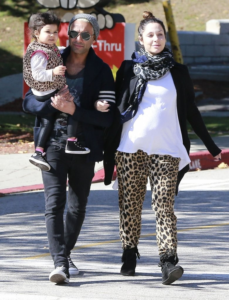 Erin Lokitz Photos Photos - Gwen Stefani Hangs Out with ... Erin Lokitz Gwen Stefani