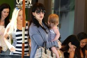 Pregnant Hilaria Thomas Out For Lunch in Beverly Hills