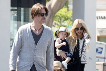 Rachel Zoe Kaius Berman Rachel Zoe And Family Stop To Get Froyo