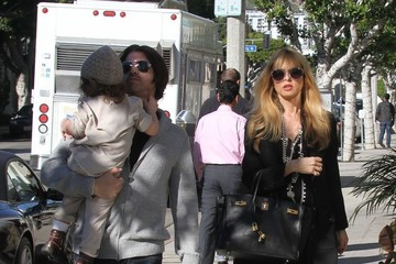 Rachel Zoe Skyler Berman Pregnant Rachel Zoe Shopping With Her Family In Beverly Hills