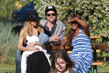 Rachel Zoe Skyler Berman Rachel Zoe and Her Family Shop in Malibu