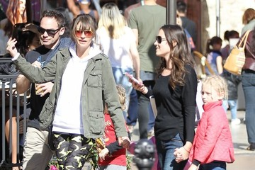 Rebecca Gayheart Rebecca Gayheart & Her Daughters Out Shopping at The Grove