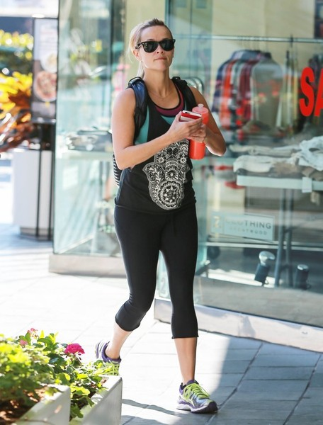 Reese Witherspoon Hits The Gym With Her Son