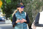 Reese Witherspoon Leaves the Gym