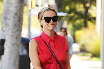 Reese Witherspoon Reese Witherspoon Shops in Santa Monica