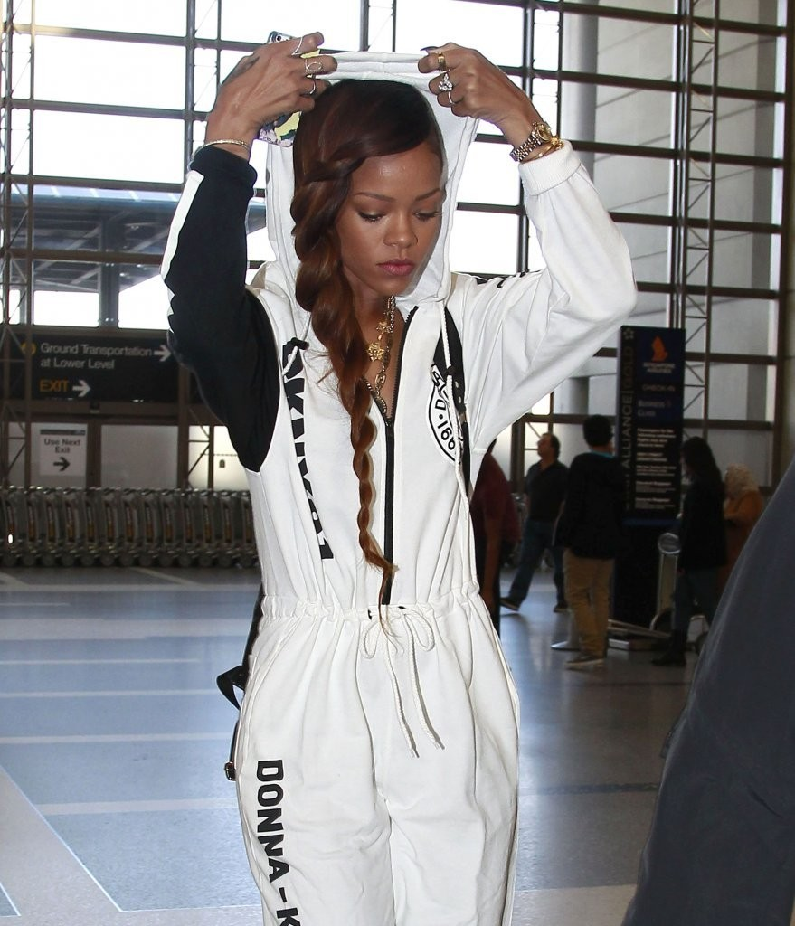 Take a Break From Braids With Rihanna's Cool Twist Trick