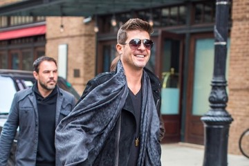 Robin Thicke Robin Thicke Is All Smiles in NYC