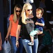 Rocky Prinze Sarah Michelle Gellar Lunches in Brentwood