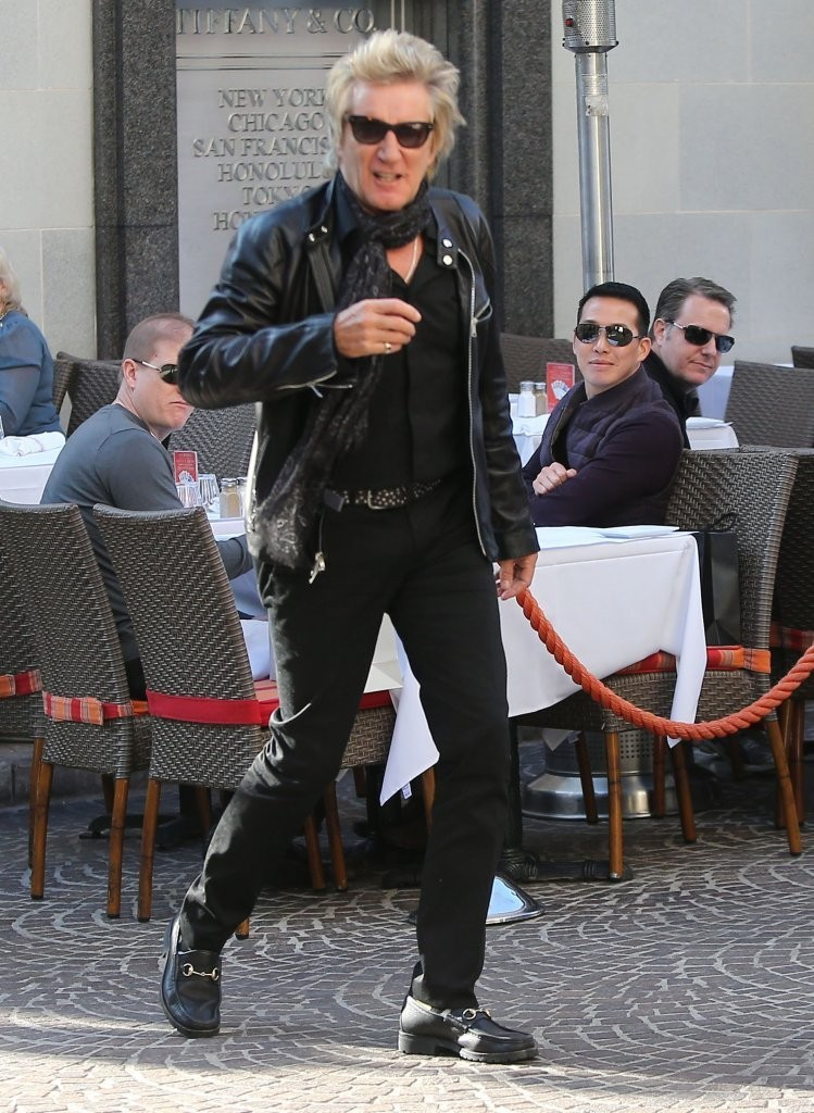 Rod Stewart And Penny Lancaster Get Lunch Zimbio