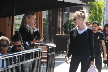 Rosanna Arquette Melanie Griffith Goes Out in Beverly Hills