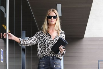 Rosie Huntington-Whiteley Rosie Huntington-Whiteley Stops By Her Office In West Hollywood