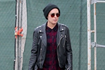 Rumer Willis Rumer Willis Out Shopping With Friends