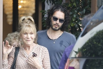 Russell Brand Russell Brand Lunches At Cecconi's