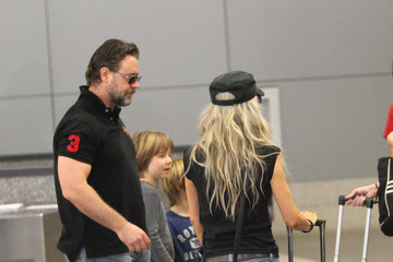 Tennyson Crowe Russell Crowe at LAX