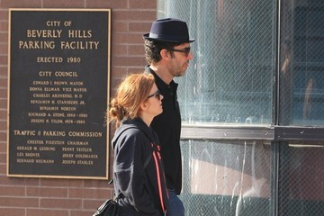 Sacha Baron Cohen Isla Fisher and Sacha Baron Cohen Go out in Beverly Hills