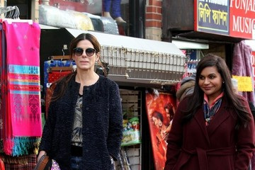 Sandra Bullock Sandra Bullock and Mindy Kaling Are Seen on the Set of 'Oceans 8' in NYC