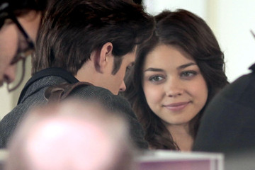 Jordan Nichols Sarah Hyland On The Set Of 'Geek Charming' In Vancouver
