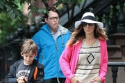 'Sex and the City' star Sarah Jessica Parker and her husband Matthew Broderick walk their kids to the last day of school on June 13, 2013 in New York City, New York.
