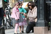 Sarah Jessica Parker Walks Her Twins to School — Part 2