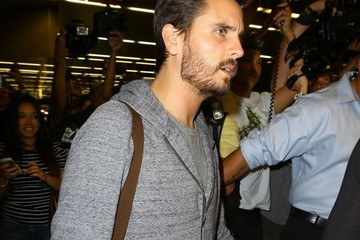 Scott Disick The Kardashians Arrive in Miami — Part 2