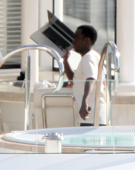 Sean Combs Sean 'P. Diddy' Combs and his on-again off-again girlfriend Kim Porter hanging out on his yacht 'Solemates' in St. Barts, France. P. Diddy and Kim seemed to be getting along good and then the situation turned cold quickly.