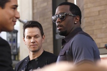 Sean Combs Mark Wahlberg and Diddy Stop by 'Extra!'