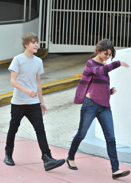 justin bieber and selena gomez dating confirmed. Justin Bieber and Selena Gomez