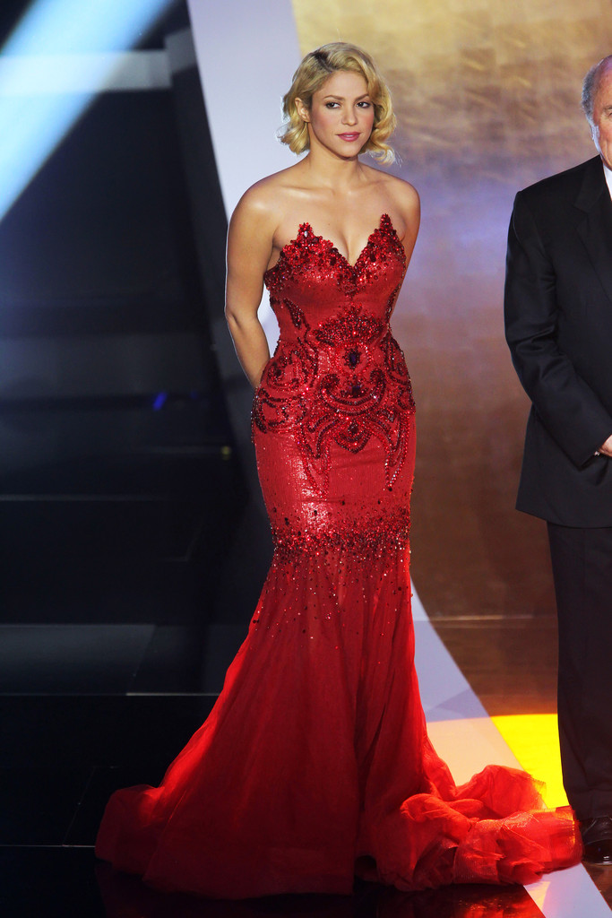Shakira Photos Photos - Shakira Glams Up For Golden Ball FIFA Gala ...