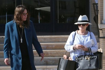 Sharon Osbourne Ozzy and Sharon Osbourne Go Shopping