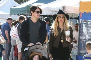 Skyler Berman Rachel Zoe Visits the Market