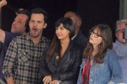 Stars spotted filming scenes on the set of 'New Girl' in Los Angeles, California on September 12, 2016.<br /> <br /> Pictured: Zooey Deschanel, Hannah Simone, Jake Johnson